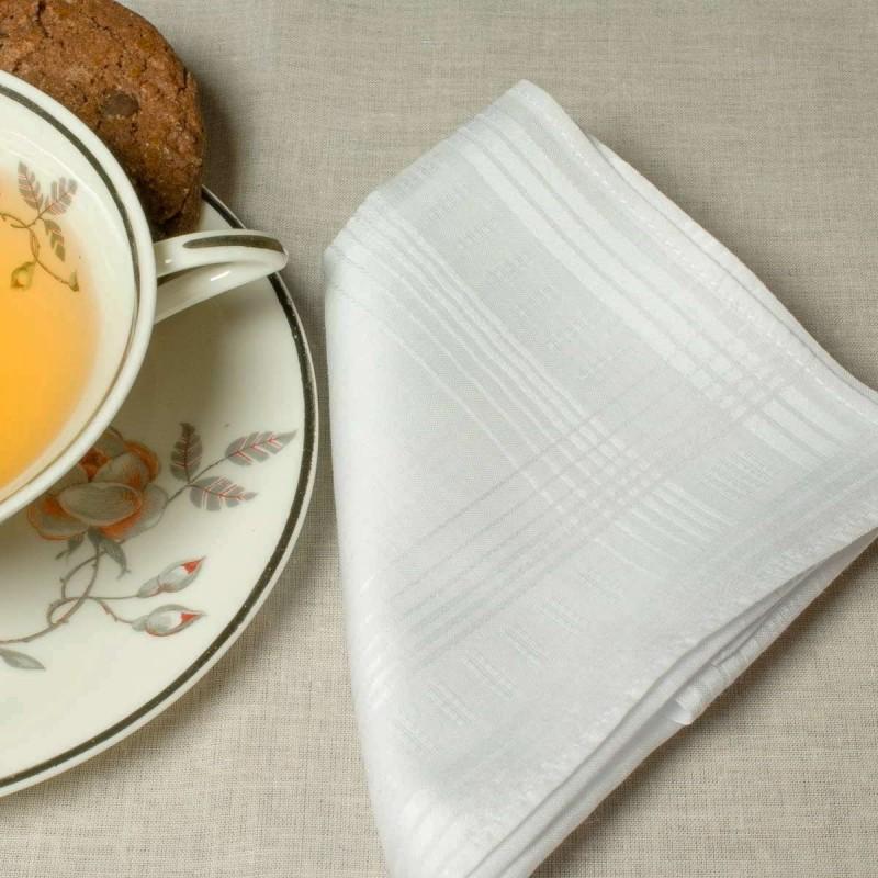 mouchoir-blanche-femme-coton-30cm-scene